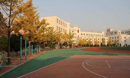 沈阳市第一服装学校