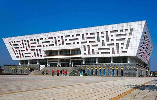 南宁建筑学校