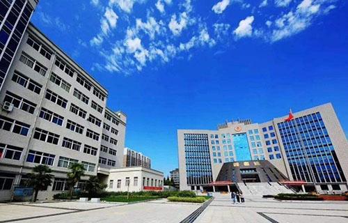 成县职业技术学校