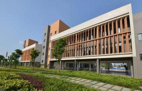 昆明市盘龙区新科技职业教育中心